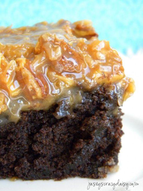 German Chocolate Brownies (Amazing 3 Ingredient Frosting ...
